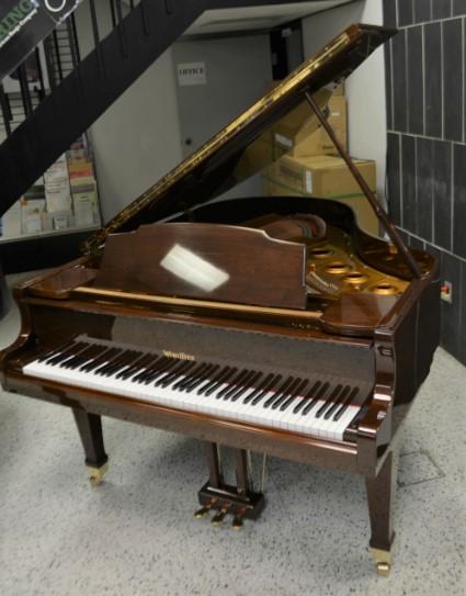 Wurtilizer Grand Piano