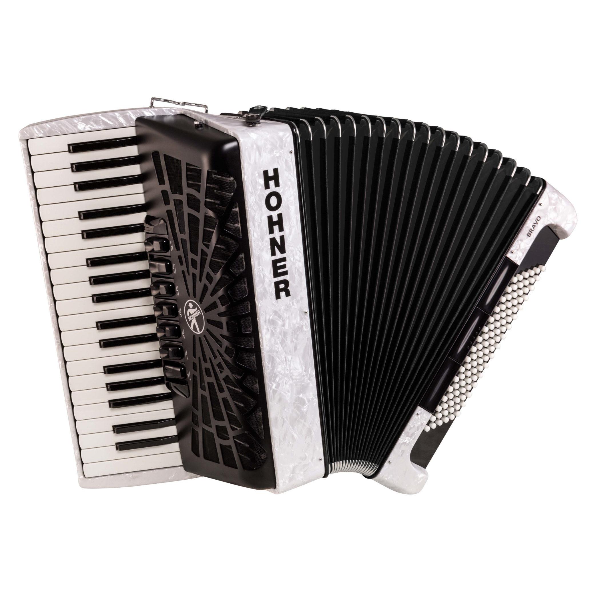 Hohner Bravo III 96, pearl white w. black bellows