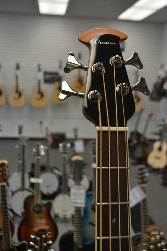 Ovation Celebrity Elite New England Burst Bass
