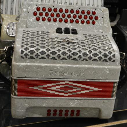 Excalibur Super Classic 34 Key Button Accordion White/Red
