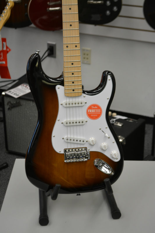 Squier Affinity Stratocaster Tobacco Burst