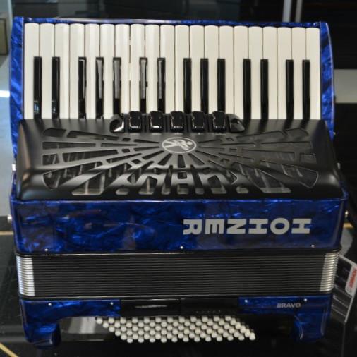 Hohner Bravo III 72 Bass Piano Accordion Blue