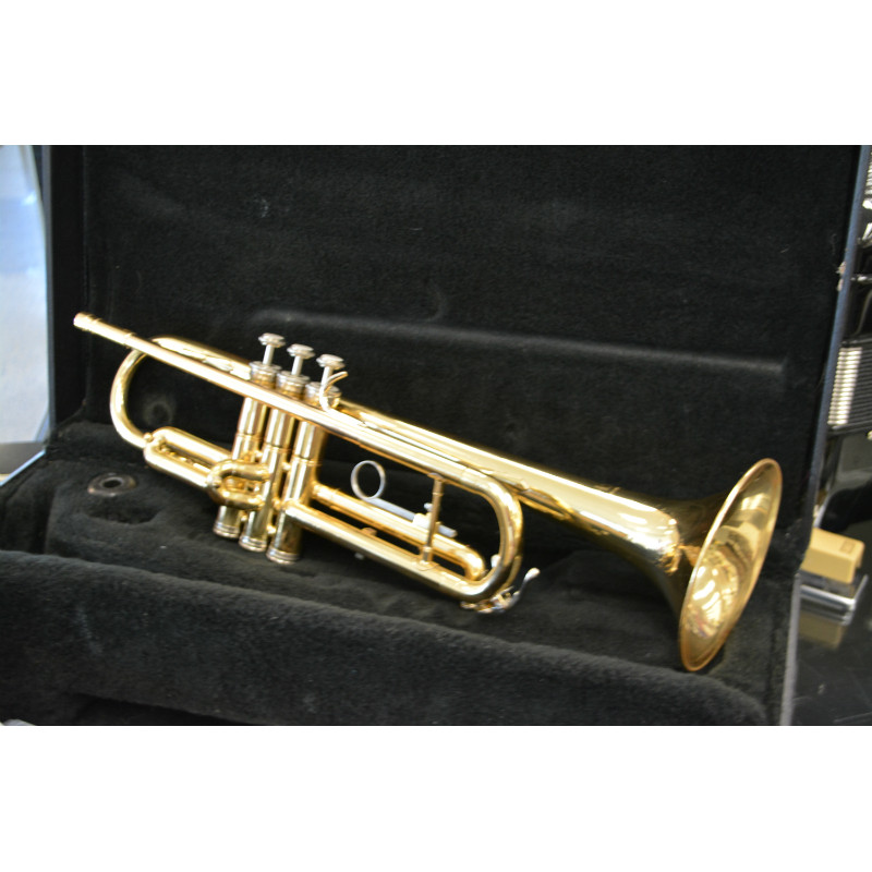 Holton Trumpet Gold Lacquer
