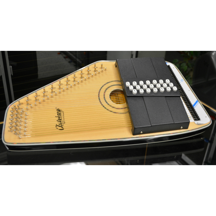 Oscar Schmidt OS120CN Adirondack Autoharp 21 Chord W/Electronics and FT600 Tuning System