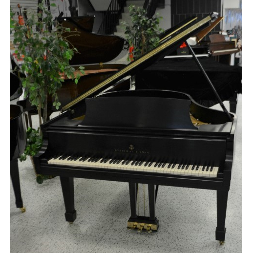 Steinway Model M Grand Piano Ebony Satin
