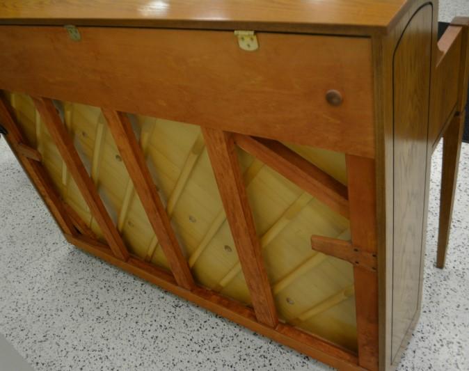Yamaha Decorator Upright Piano Oak Finish