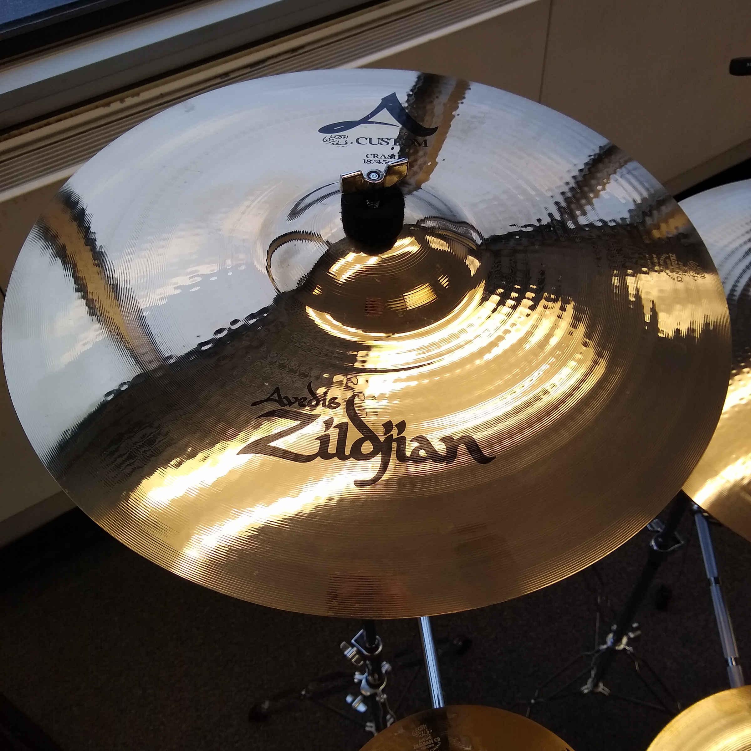 Zildjian Custom 18