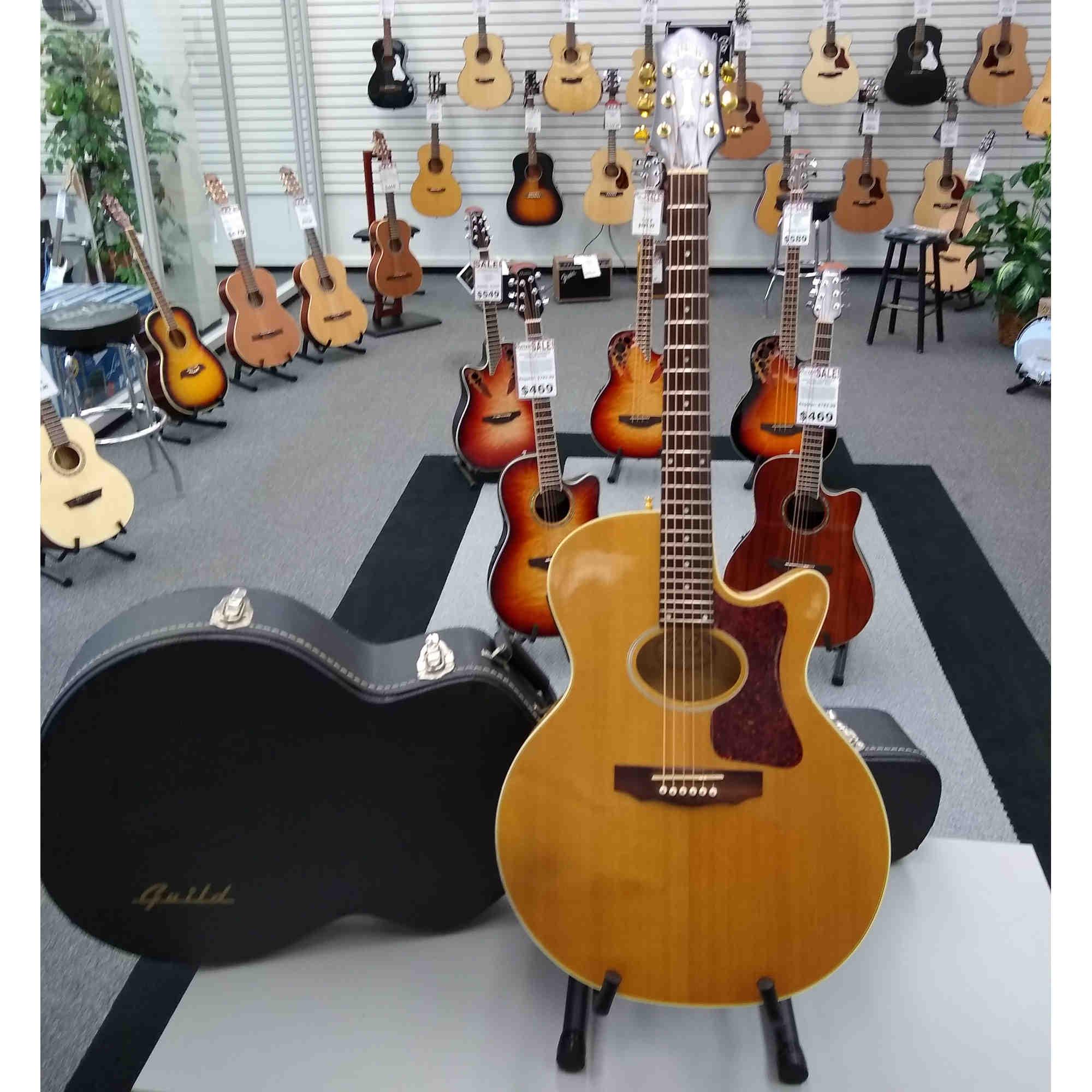 Guild FA30CE Acoustic Guitar (Used)