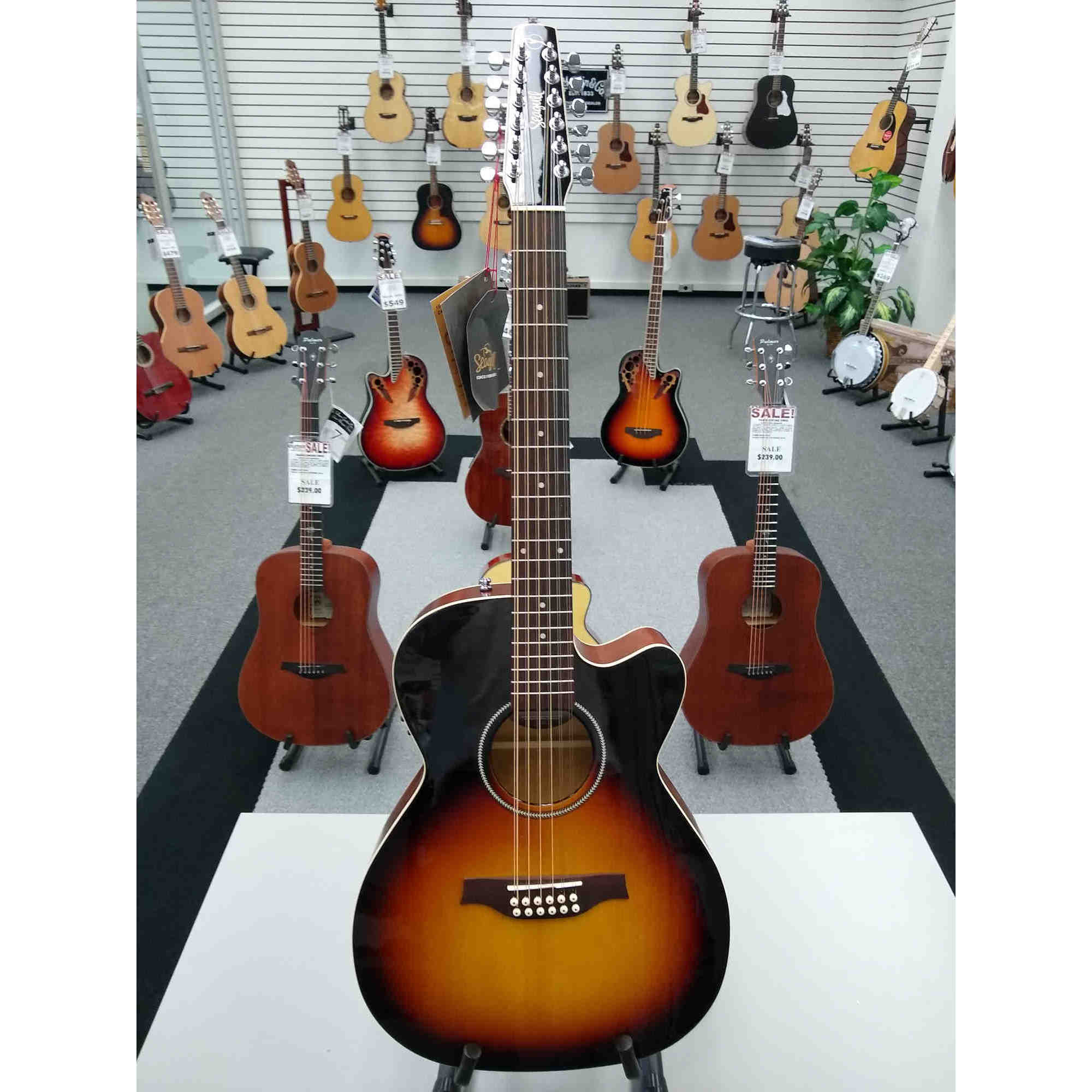 Seagull S12 Cutaway Concert Hall