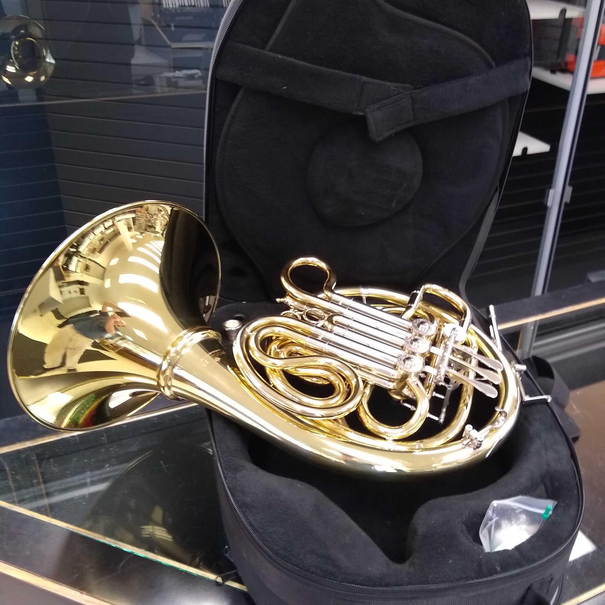 Schiller Elite VI Double French Horn Gold Rose Finish W/Nickel