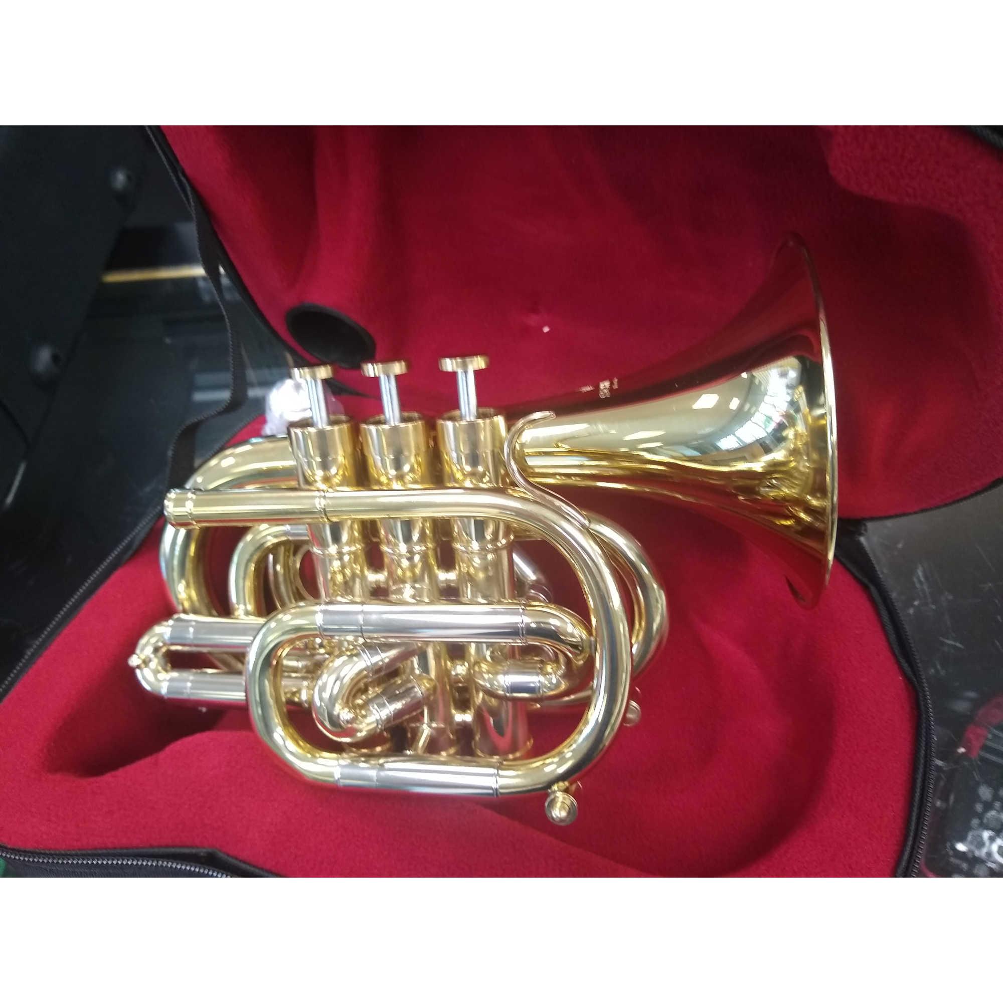 Schiller Centertone Pocket Trumpet Key Of Bb - Gold Lacquer